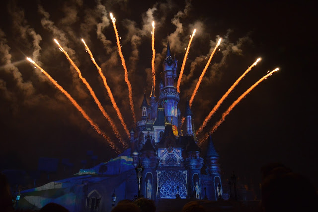 espectaculo-castillo-disneyland-paris