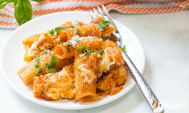 One-Pot Chicken Parmesan Pasta