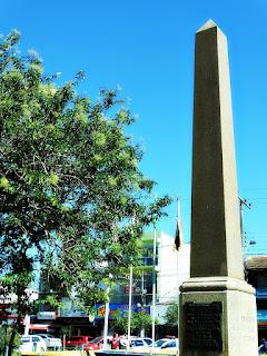 Monumento ao Centenário da Revolução Farroupilha na Praça Júlio de Castilhos, Viamão