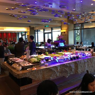breakfast room at Fleur de Chine, Sun Moon Lake hotel
