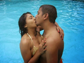 Desi Indian Couple Kiss