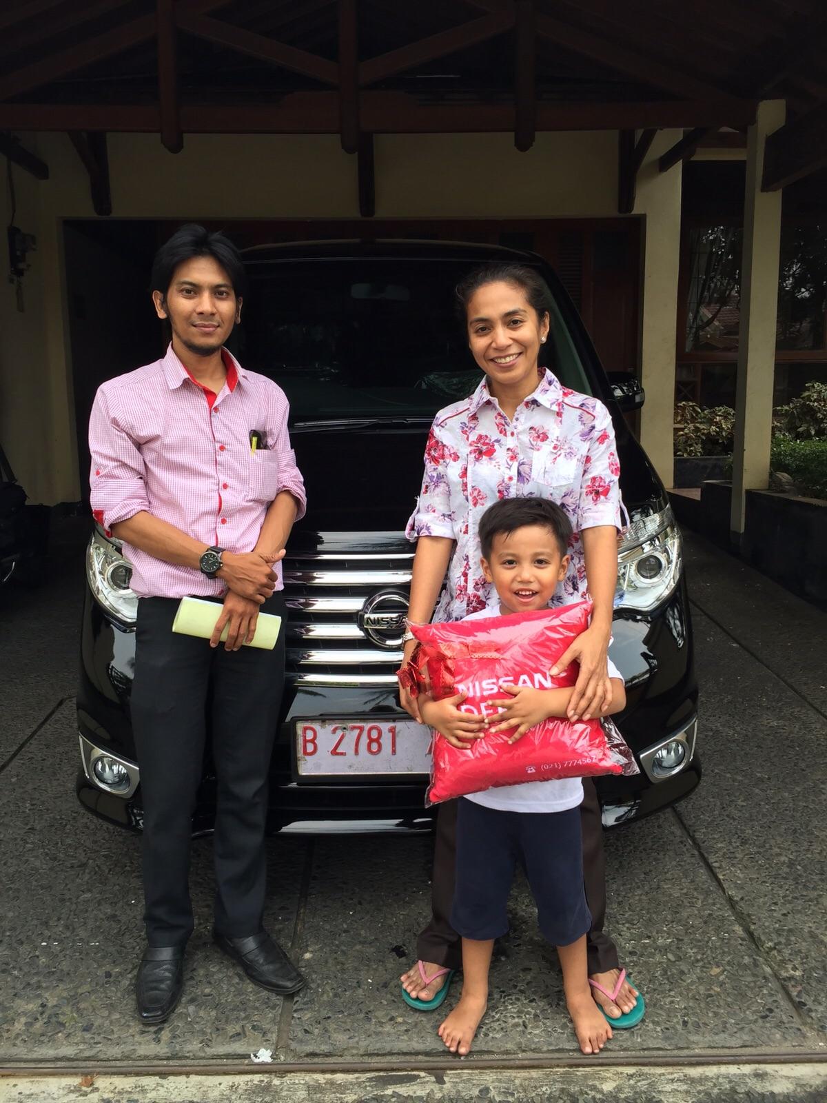 Terimakasih atas kepercayaan dr.Afra & Keluarga yg telah membeli Nissan All New Serena melalui media www.touchnissan.com.  Semoga Berkah ya Bu...