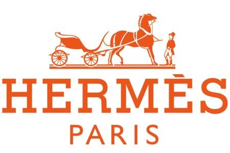 f8213b3a5 Hermès es una marca de moda francesa conocida especialmente por sus  exclusivos bolsos de cuero y sus pañuelos de seda.