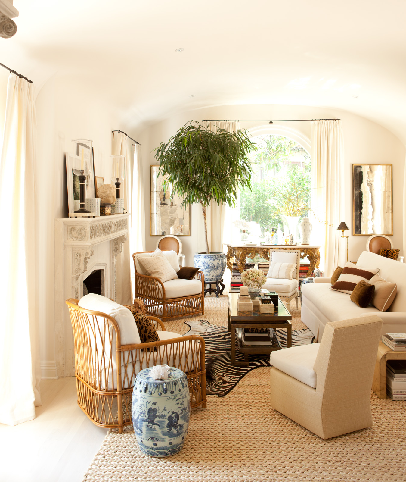 Color Outside The Lines Small Living Room Decorating Ideas: Color Outside The Lines: Decor Two Ways