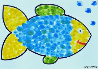 ryba namalowana palcami