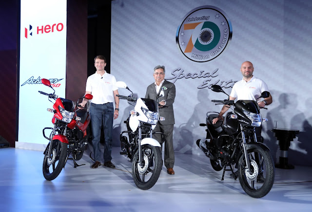 Pic 2-(L-R) Markus Braunsperger, Chief Technology Officer, Hero MotoCorp Ltd., Pawan Munjal, Chairman, Managing Director & Chief Executive Officer, Hero MotoCorp Ltd and Malo Le Masson, Head-Global Product Planning, Hero MotoCorp Ltd. at the launch of all new Achiever 150 in New Delhi.