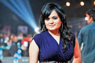 Artis-Penyanyi-Wanita-Bollywood-Aditi-Singh-Sharma