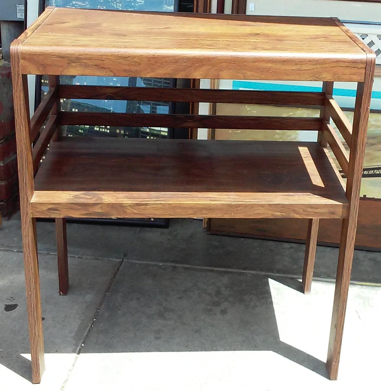 uhuru furniture amp collectibles sold 987 simple oak