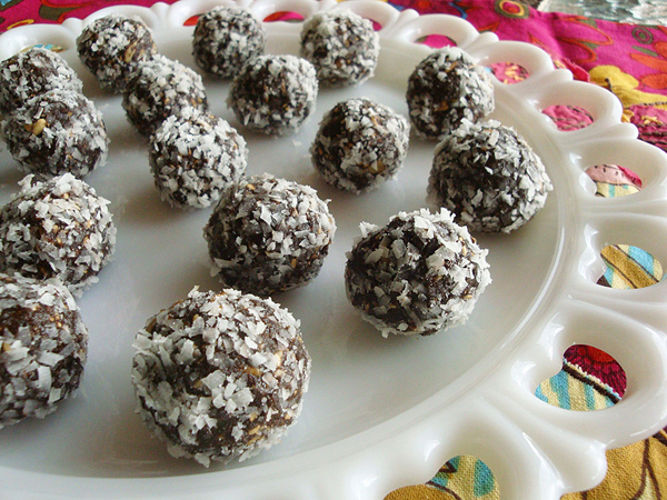 Easy Homemade Desserts Recipes With Few Ingredients: Cultivating Consciousness: **Guest Post** Fruit And Nut