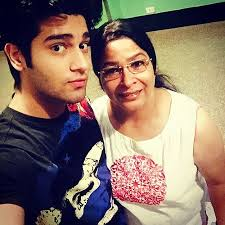 Abhishek Malik Family Wife Son Daughter Father Mother Age Height Biography Profile Wedding Photos