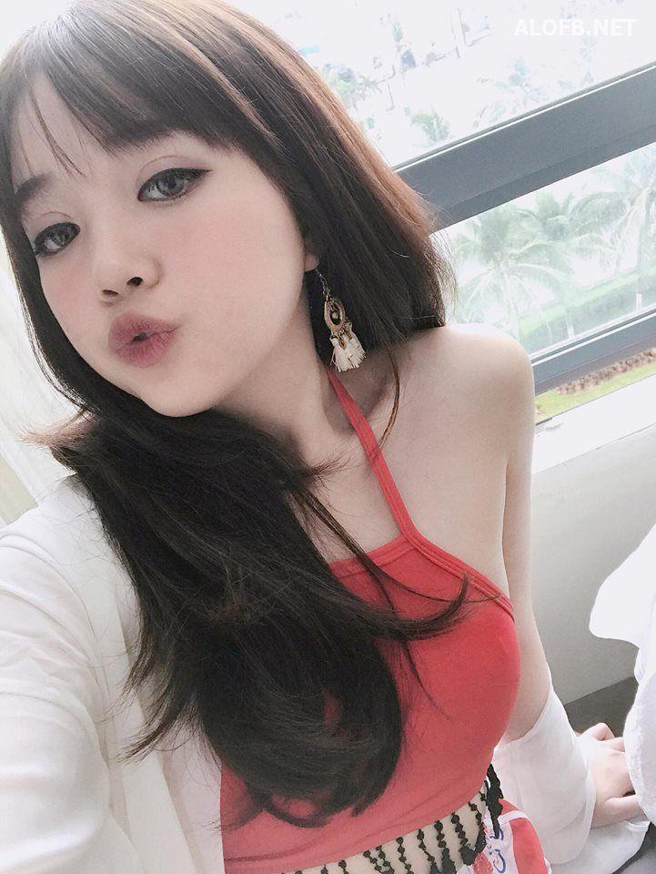 19731850 1812499009064964 3418521315759696144 n alofb.net - Streamer LMHT Linh Ngọc Đàm cực SEXY với Bikini