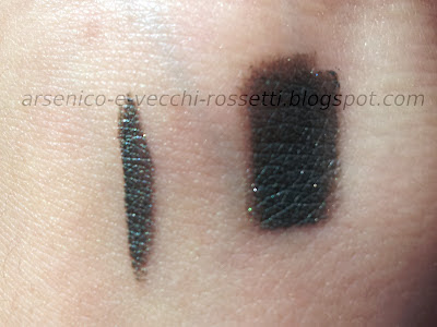 Essence Gel Eyeliner 04 I Love NYC swatch