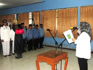 Bupati Lantik 62 Pejabat Struktural, Mantan Camat Wera Jadi Camat Tambora