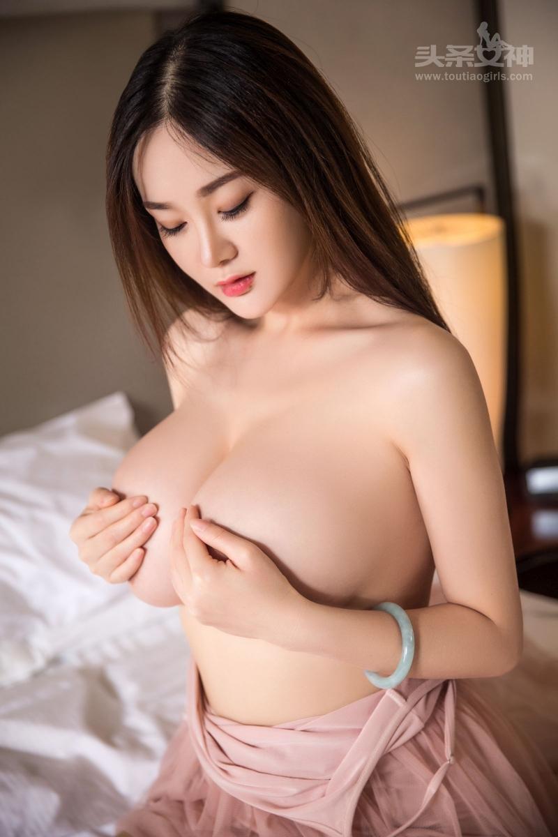 Brunette Big Tits Fuck Hotel