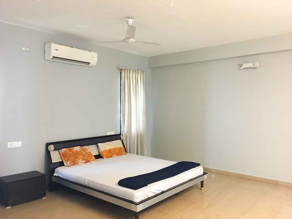 private beach house in ecr for rent