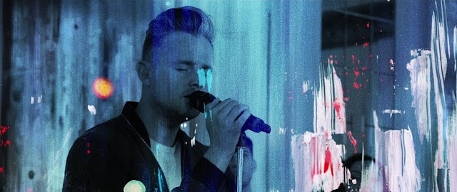 Tom Chaplin Reveals Live Studio Version Of 'Walking In The Air'