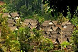 Pudarnya Pesona Kampung Naga