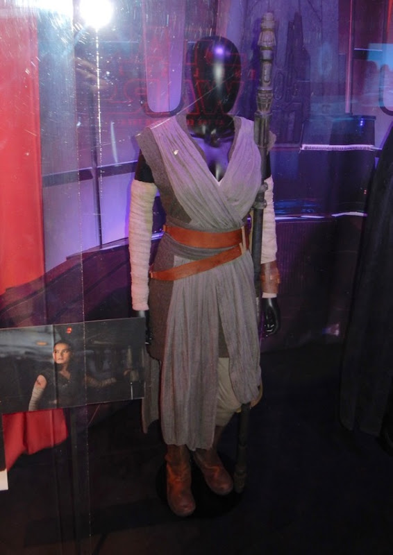 Daisy Ridley Star Wars Last Jedi Rey movie costume