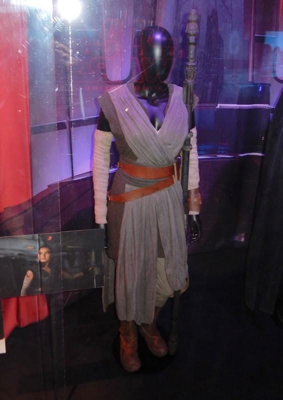 Daisy Ridley Star Wars Last Jedi Rey movie costume