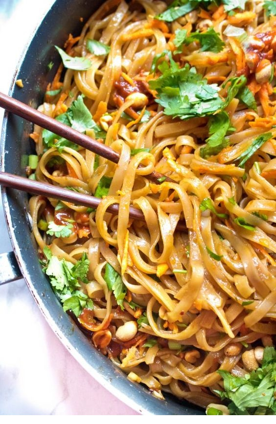 20 Minute Sweet and Spicy Noodles