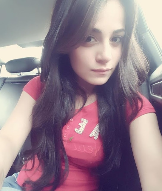 Radhika Madan Biography, Age, Height, Weight, Boyfriend, Family, Wiki, Images & More.