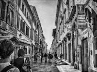 Pisa street life
