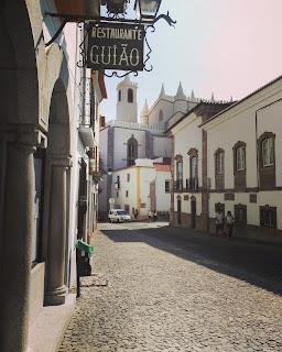 Rincones en Évora, Portugal