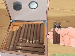 How to Choose, Smoke and Enjoy Hand Rolled Cigars