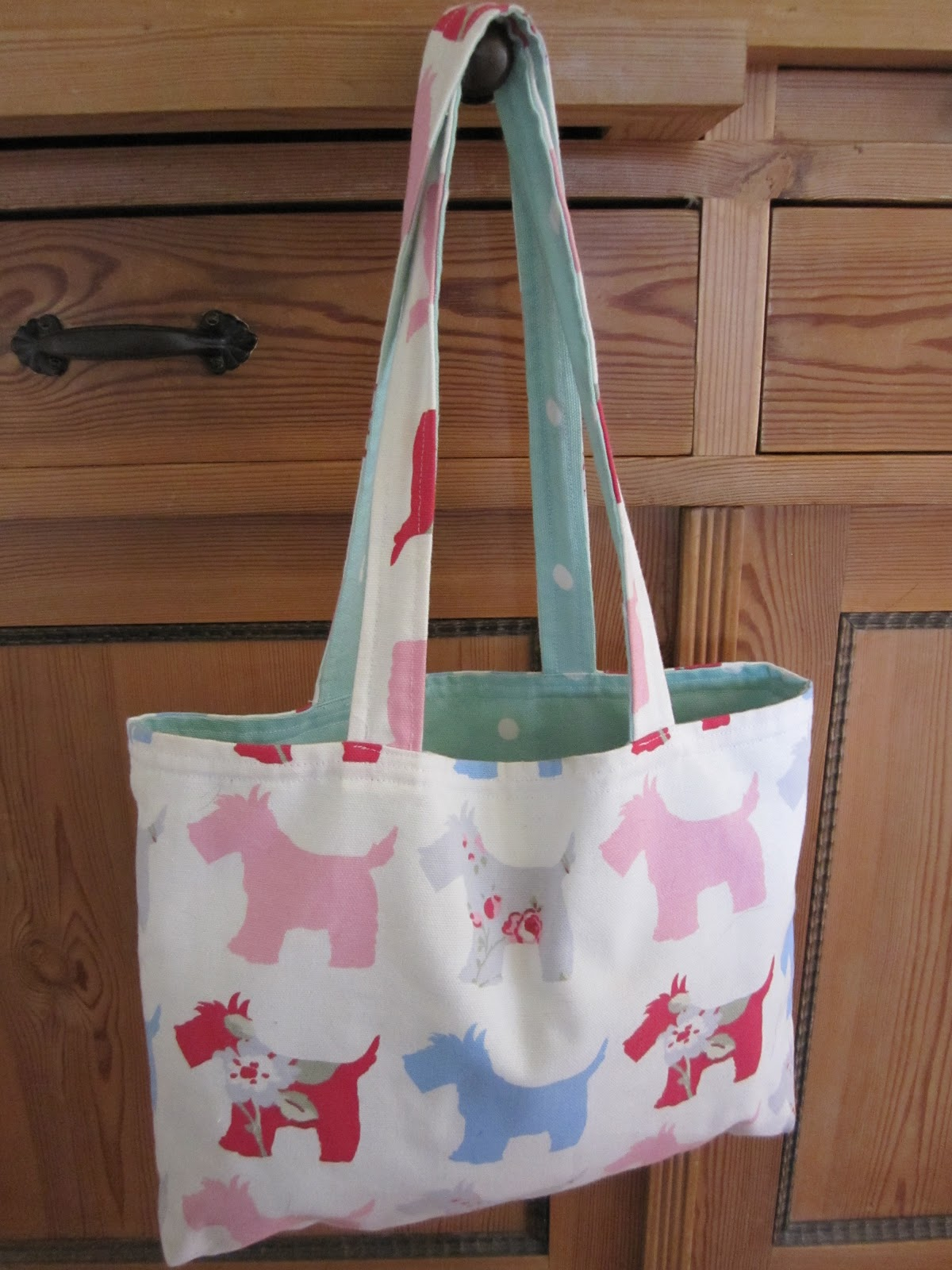 The Happy Stitcher Reversible Tote Sewing For Beginners