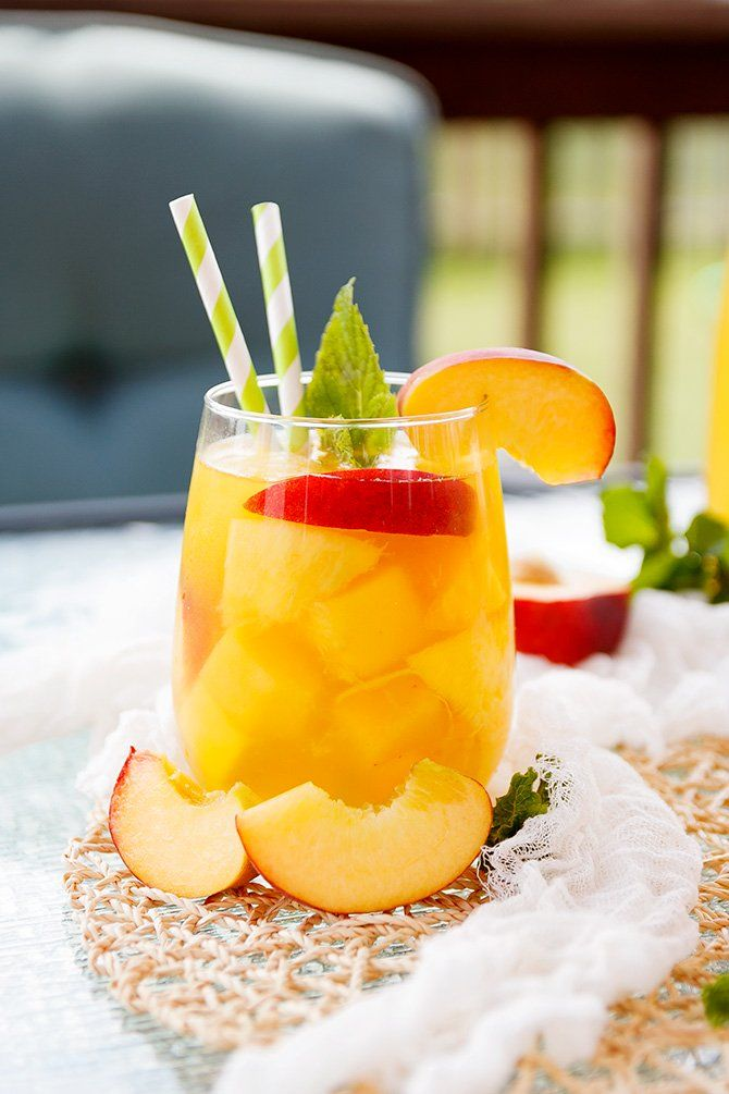 Peach Mango Sangria #mango #summerdrink