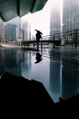 fotografo Andres Marin, fotos cool de la ciudad, edificios, soledad urbana, lluvia