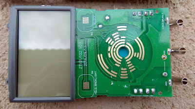 Multímetro AN8002  placa.
