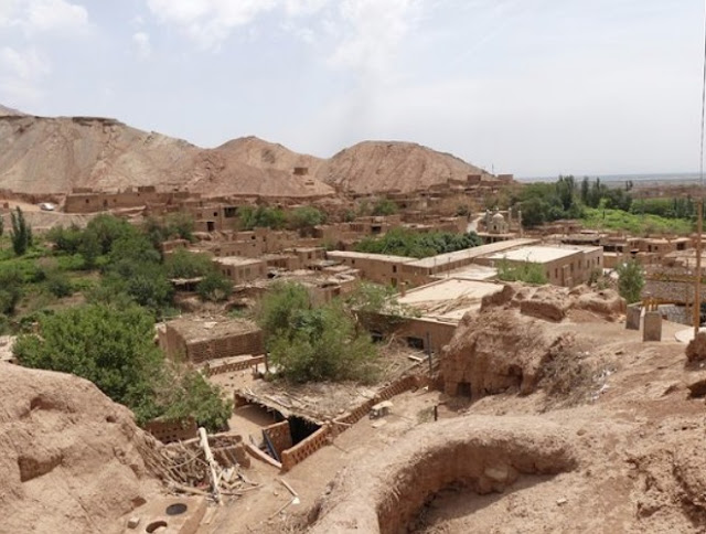 2,200-year-old turquoise mining site unearthed in Xinjiang