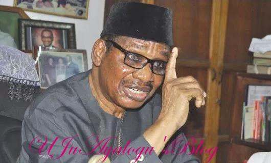 Obasanjo vs Buhari: Heavens won't fall if ex-President is 'prosecuted, jailed' – Sagay