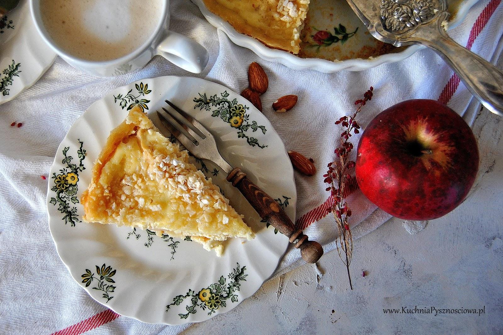 647. Tarta z jabłkami, migdałami i serem mascarpone