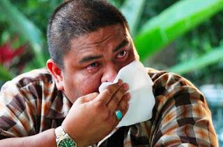 http://debatmalaysia.com/2015/06/inilah-nasihat-dr-azizan-osman-kepada-6000-kakitangan-mas-yang-diberhentikan-kerja-yang-mengejutkan-ramai/