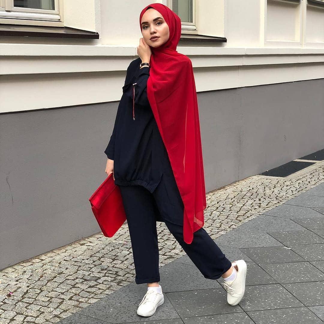 47+ Style Fashion Wanita Hijab 2020, Top!