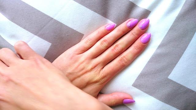 pomysł na hybrydowy manicure