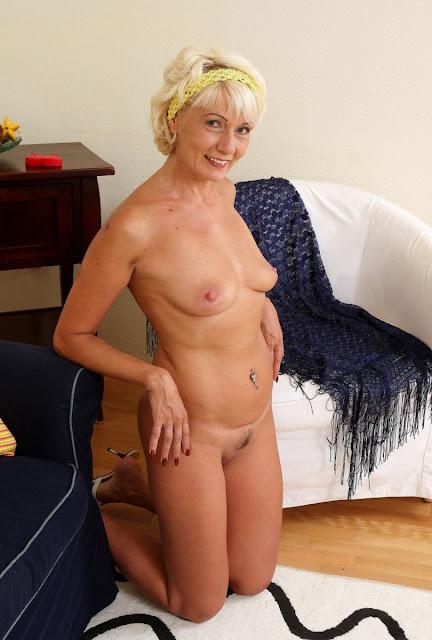 дамы пожилые голые фото
