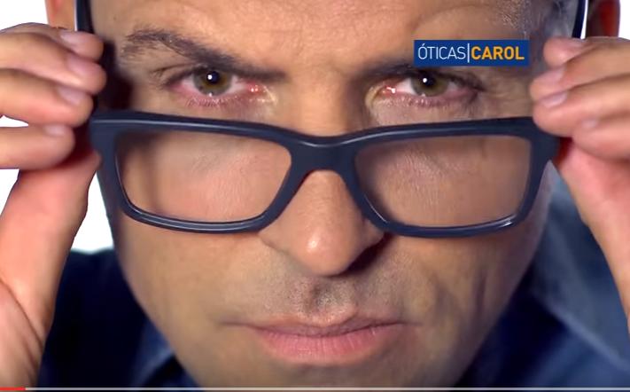 Óticas Carol faz campanha das lentes multifocais Globallux