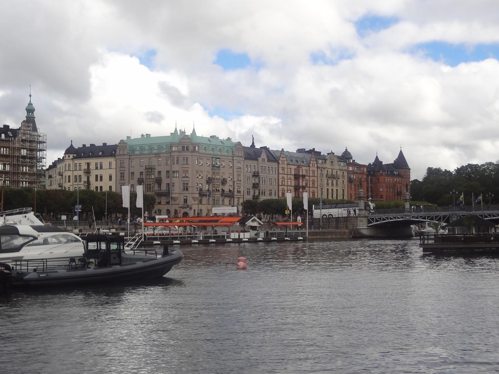 http://lesmeandresdecyprienne.blogspot.com/2016/12/quelques-jours-stockholm.html
