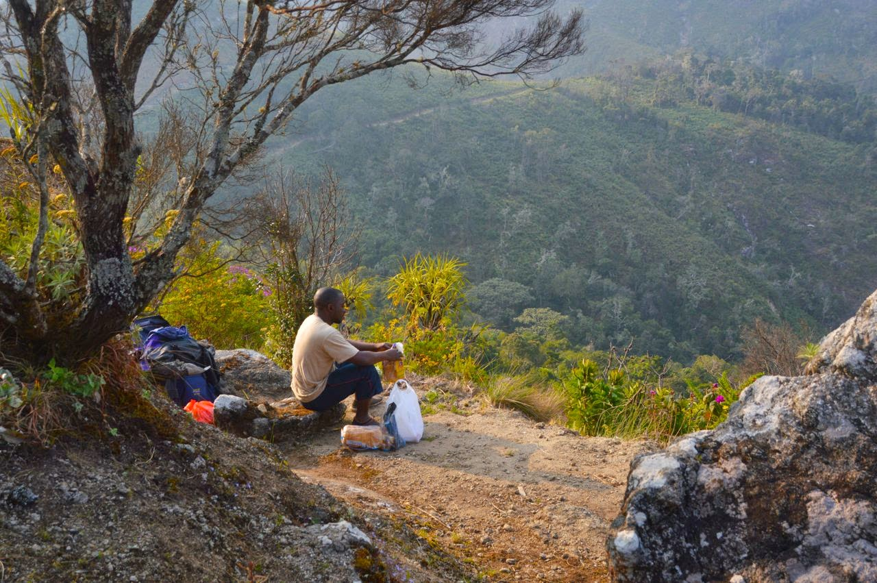 mount mulanje trekking breakfast