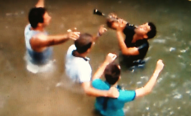 Θεσπρωτία: Γλέντι μέσα στα νερά του ποταμού Καλαμά!