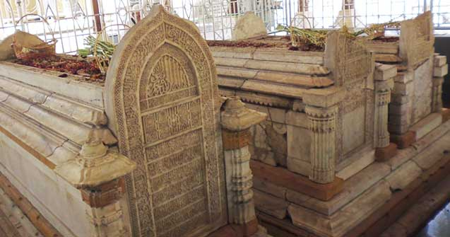 Grave of Maulana Malik Ibrahim, one of the Walisanga.