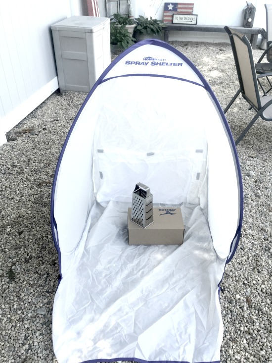 Use the new Homeright Spray Shelter to spray paint all your small projects. www.homeroad.net