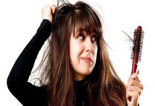 8 Cara Alami Mengatasi Rambut Rontok
