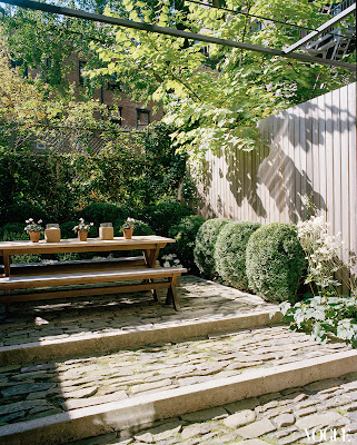 Tabitha Simmon's Manhattan garden designed by MIranda Brooks