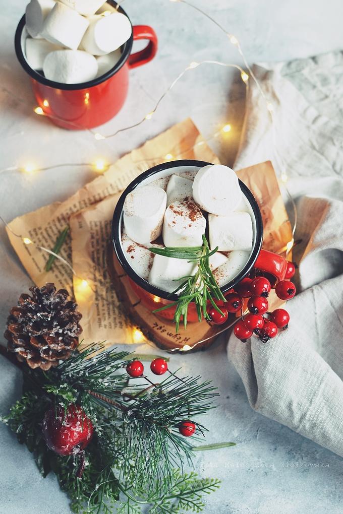 Cynamonowa kawa z piankami Marshmallow