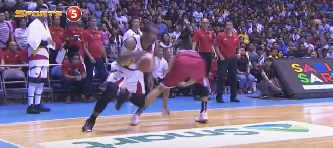 Elijah Millsap With The CLUTCH Slam Against Ginebra in Game 2 (VIDEO)