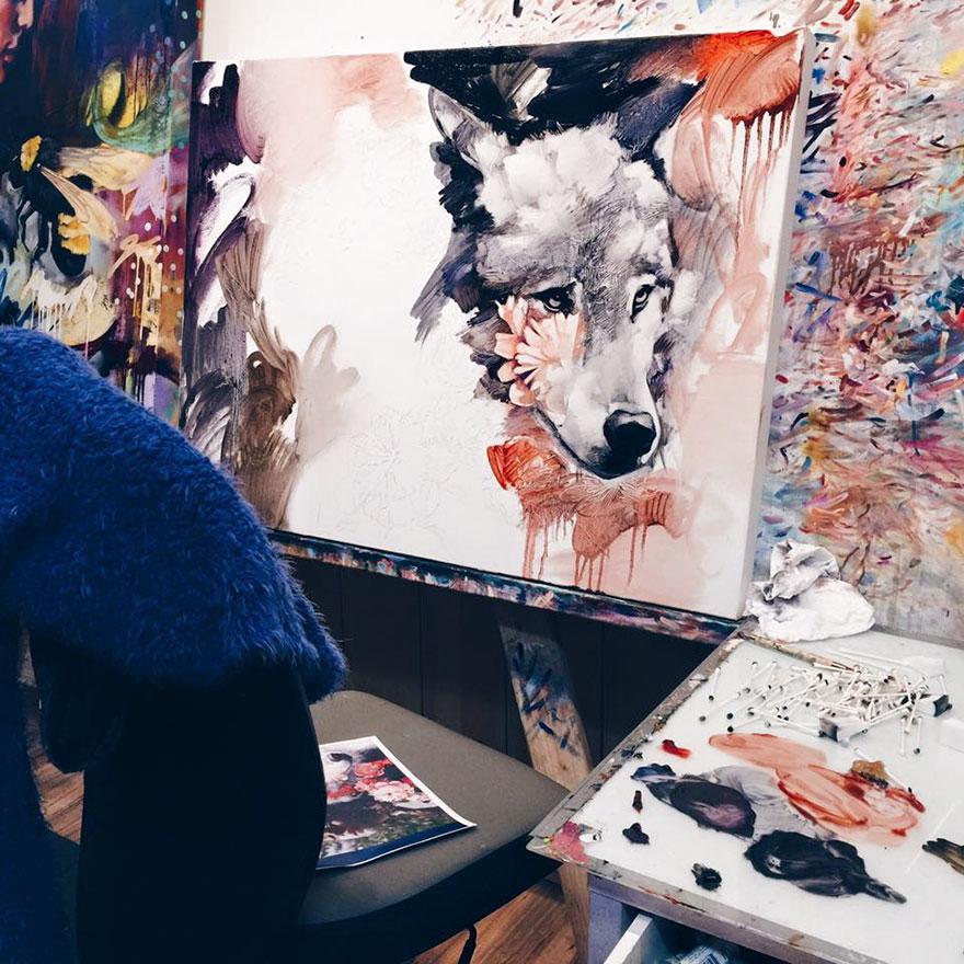 omorfos-kosmos.gr - Ταλαντούχα 16χρονη καλλιτέχνης ζωγραφίζει τους πιο εντυπωσιακούς πίνακες!